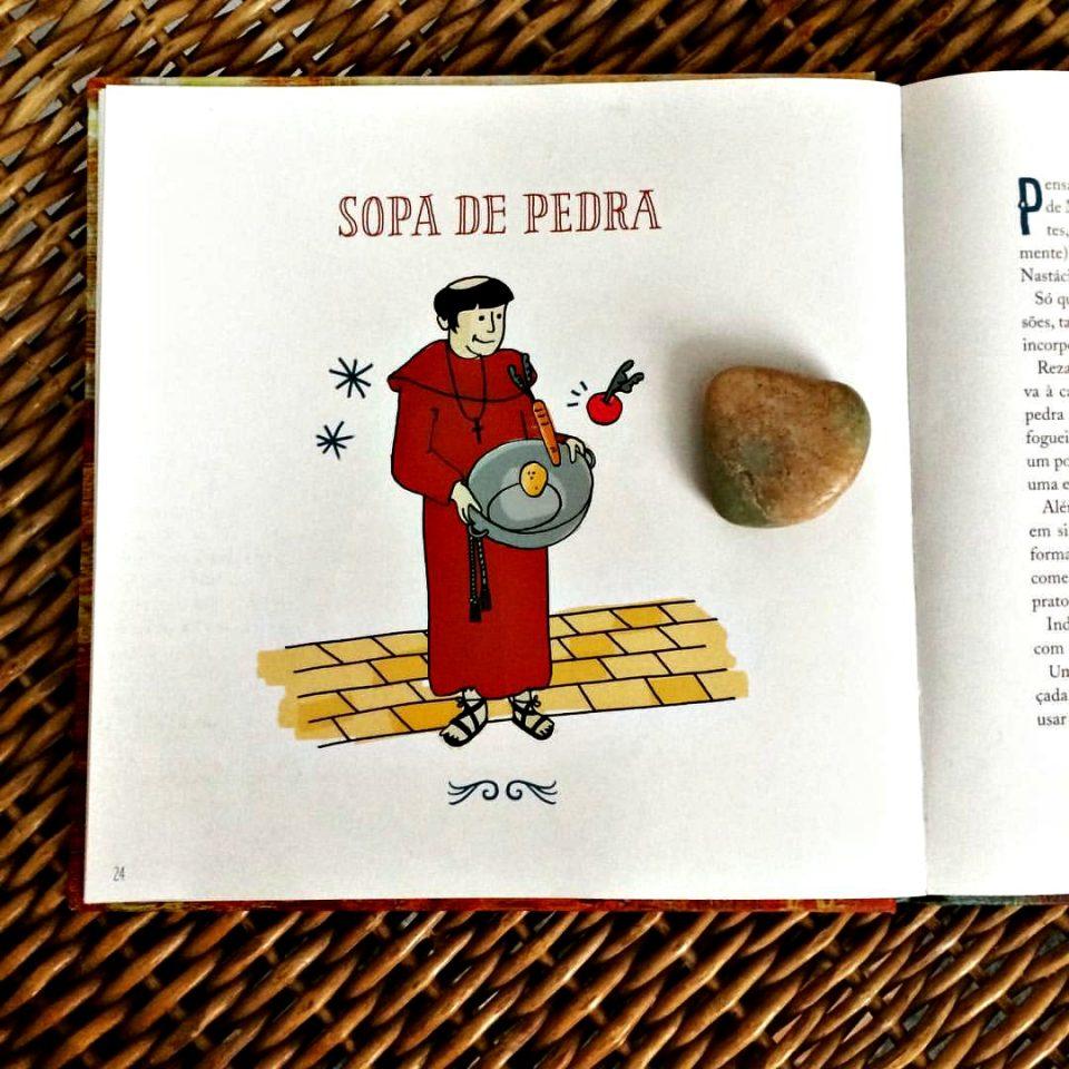 """O livro """"A vida é sopa"""" e a pedra da minha sopa (Foto: O Caderno de Receitas"""