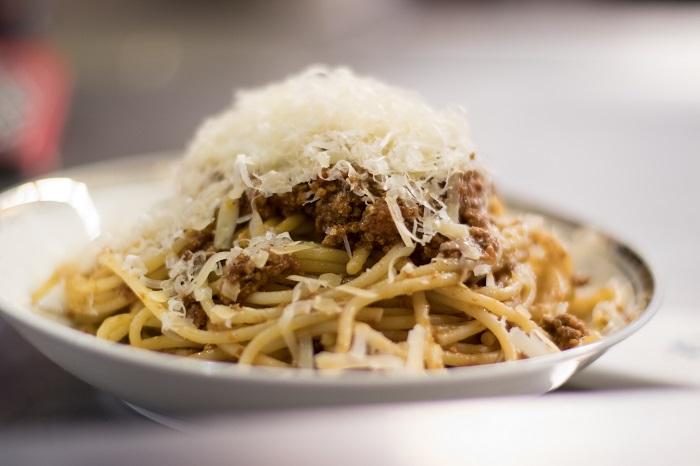 Projeto Mesa da Vó - espaguete à bolonhesa. Foto: Potyra Tamoyos / The Soul Kitchen Project