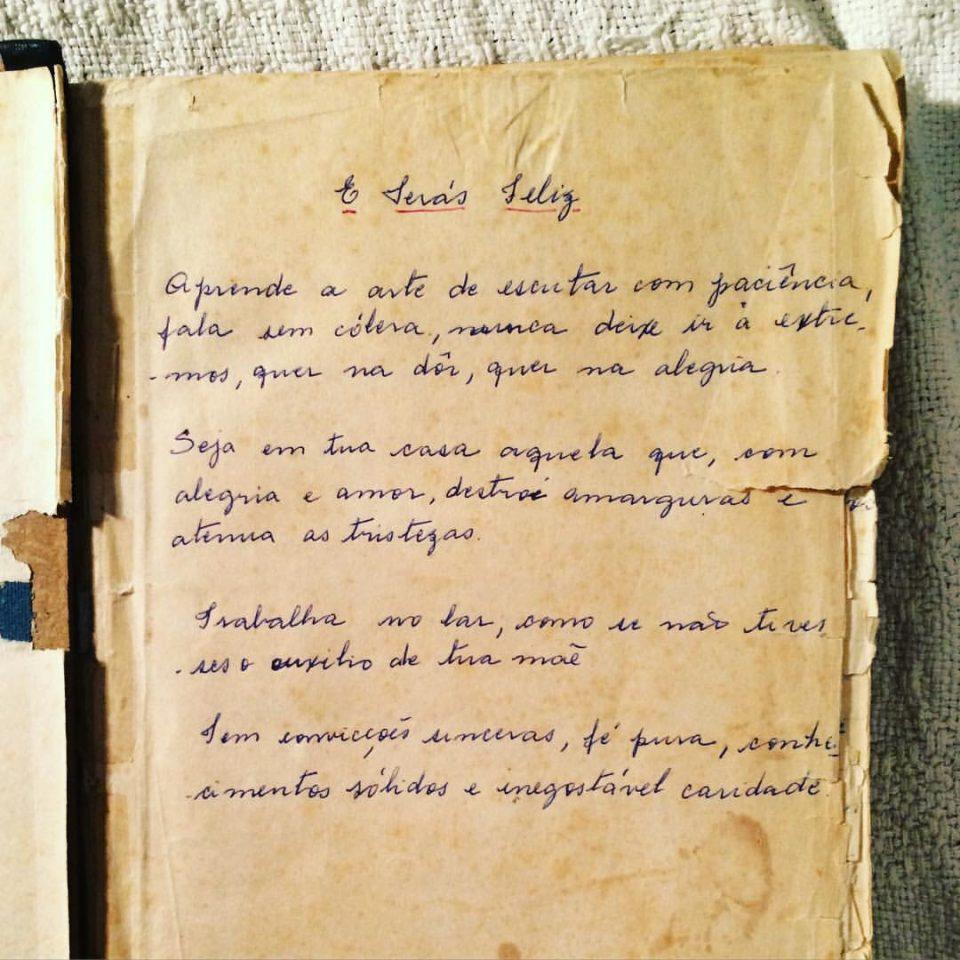 Anotação em caderno de receitas da Vó Viquinha